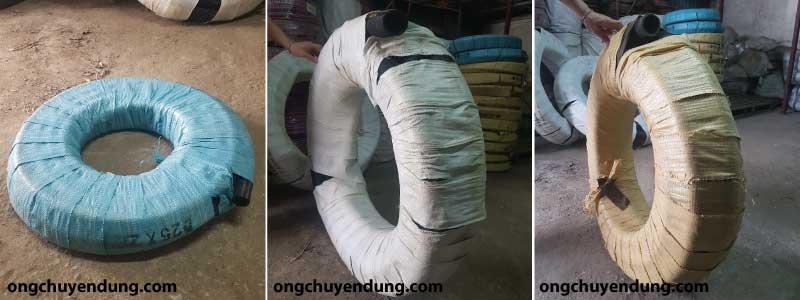 Ống cao su bố vải được bao bọc bằng các bao nilong màu khác nhau